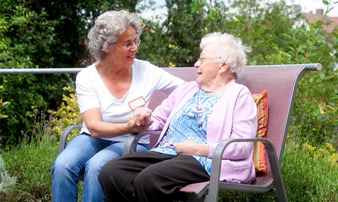 Ausbildung zum staatlich geprüften Altenpflegehelfenden